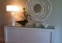 Home-decorating-by-Catherine-Kerr-white_table_mirror-1081x800